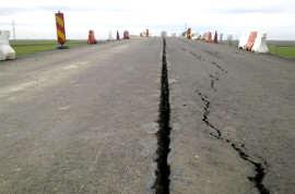 Viaduct fisurat pe autostrada Timisoara Arad