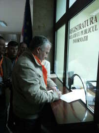 Cornel Samartinean la registratura Prefecturii