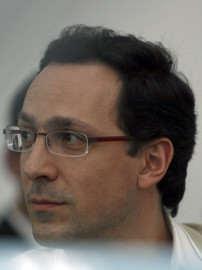 Bogdan Tulbure portret