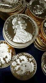 Monede aur Franz Joszef confiscate 4
