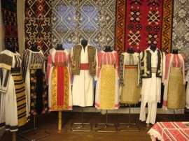 Colectie etnografica Marius Matei Foto arhiva personala