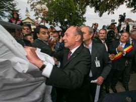 Traian Basescu la Sannicolau Mare dezvelire statuie septembrie 2014 Foto Doru Moldovan