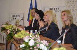 Roxana Iliescu Elena Udrea si Ruxandra Dragomir 3