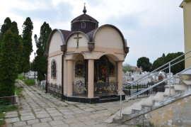 Capela-familie-Carpaci-Cimitir-Ion-Rusu-Sirianu-Timisoara-2