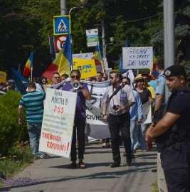 Miting PNL anti-Ponta la Timisoara (3) Foto PNL Timis