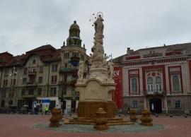 Monument Sfanta Maria Piata Libertatii (o) Foto Primaria Timisoara