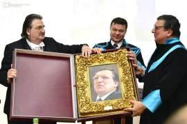 Stefan Popa Popas, Marilen Pirtea si Jose Manuel Durao Barroso Foto UVT
