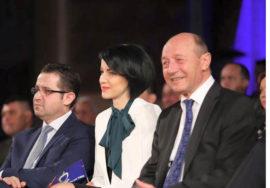 Marius Dugulescu, Roxana Iliescu si Traian Basescu Foto PMP Timis