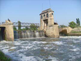 barajul-de-la-sanmihaiul-roman