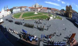 Defilare Ziua Timisoarei (o) Foto Costi Duma