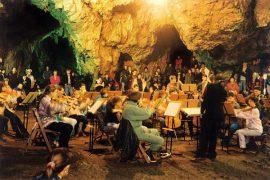 concert-pestera-romanesti-foto-romania-route